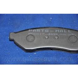 Комплект тормозных колодок (Parts-Mall) PKC017