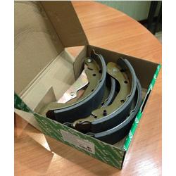 Колодки тормозные барабанные задние со скобами ручника (PILENGA) BSP8835
