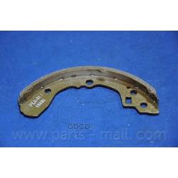 Комплект тормозных колодок (Parts-Mall) PLB017