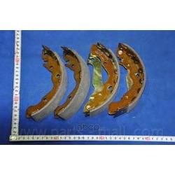 Комплект тормозных колодок (Parts-Mall) PLA011