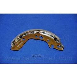 Комплект тормозных колодок (Parts-Mall) PLA001