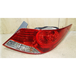 Фонарь правый (Hyundai-KIA) 924024L030