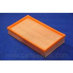 Фильтр воздушный (Parts-Mall) PAA010