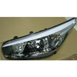 Фара передняя левая (Hyundai-KIA) 92101A2000