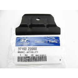 Кронштейн крепления аккумулятора (Hyundai-KIA) 3716022000