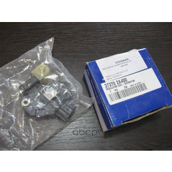 Реле регулятор (Hyundai-KIA) 373702A400