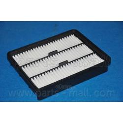 Воздушный фильтр (Parts-Mall) PAA056