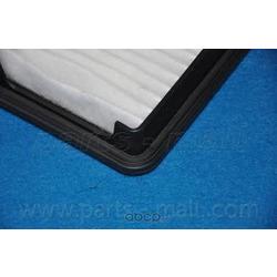 Воздушный фильтр (Parts-Mall) PAC010
