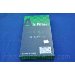 Воздушный фильтр (Parts-Mall) PAF075