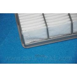 Воздушный фильтр (Parts-Mall) PAF010
