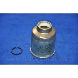 Топливный фильтр (Parts-Mall) PCJ040